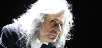 """Recensione – """"NESSI"""" di e con Alessandro Bergonzoni – Teatro Verdi  – 10/04/15 – Massimo Adolph Nutini"""