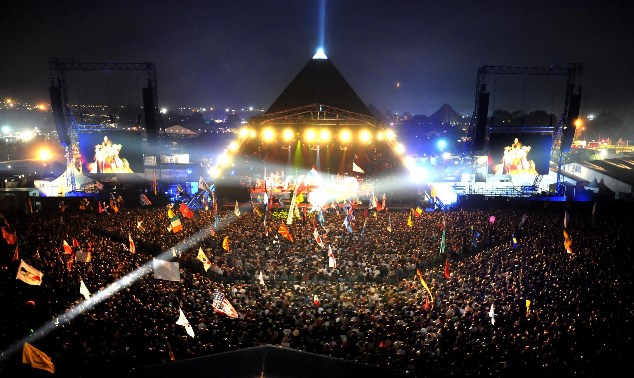 Glastonbury festival : sold out in 30 minuti