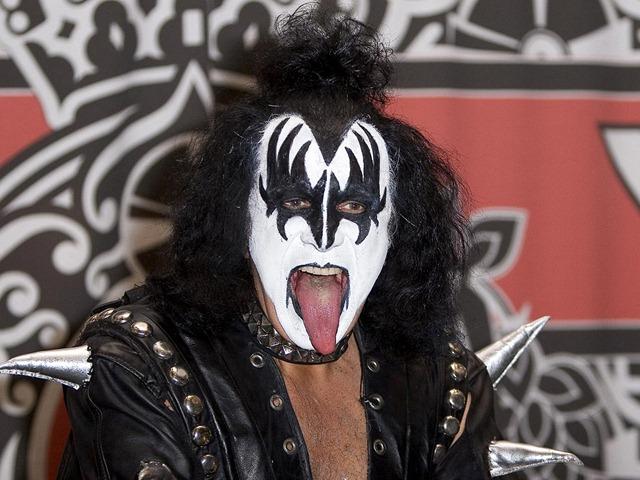 Gene Simmons : i prossimi Kiss o i prossimi Beatles non arriveranno presto