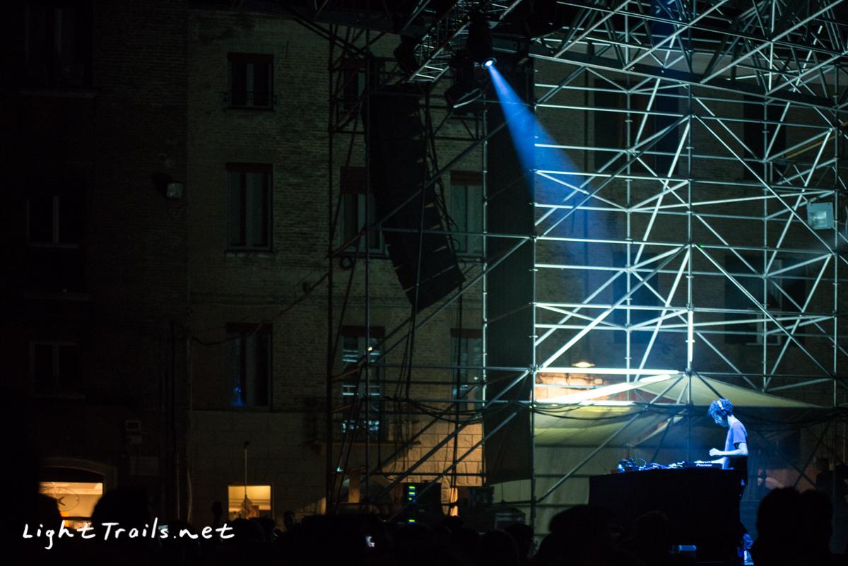 22-Four Tet - AstroFestival Ferrara - LightTrails - 20160616