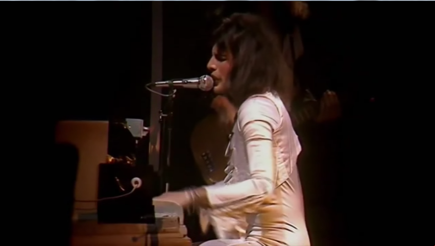 QUEEN: A NIGHT IN BOHEMIA – Live at Hammersmith Odean 1975